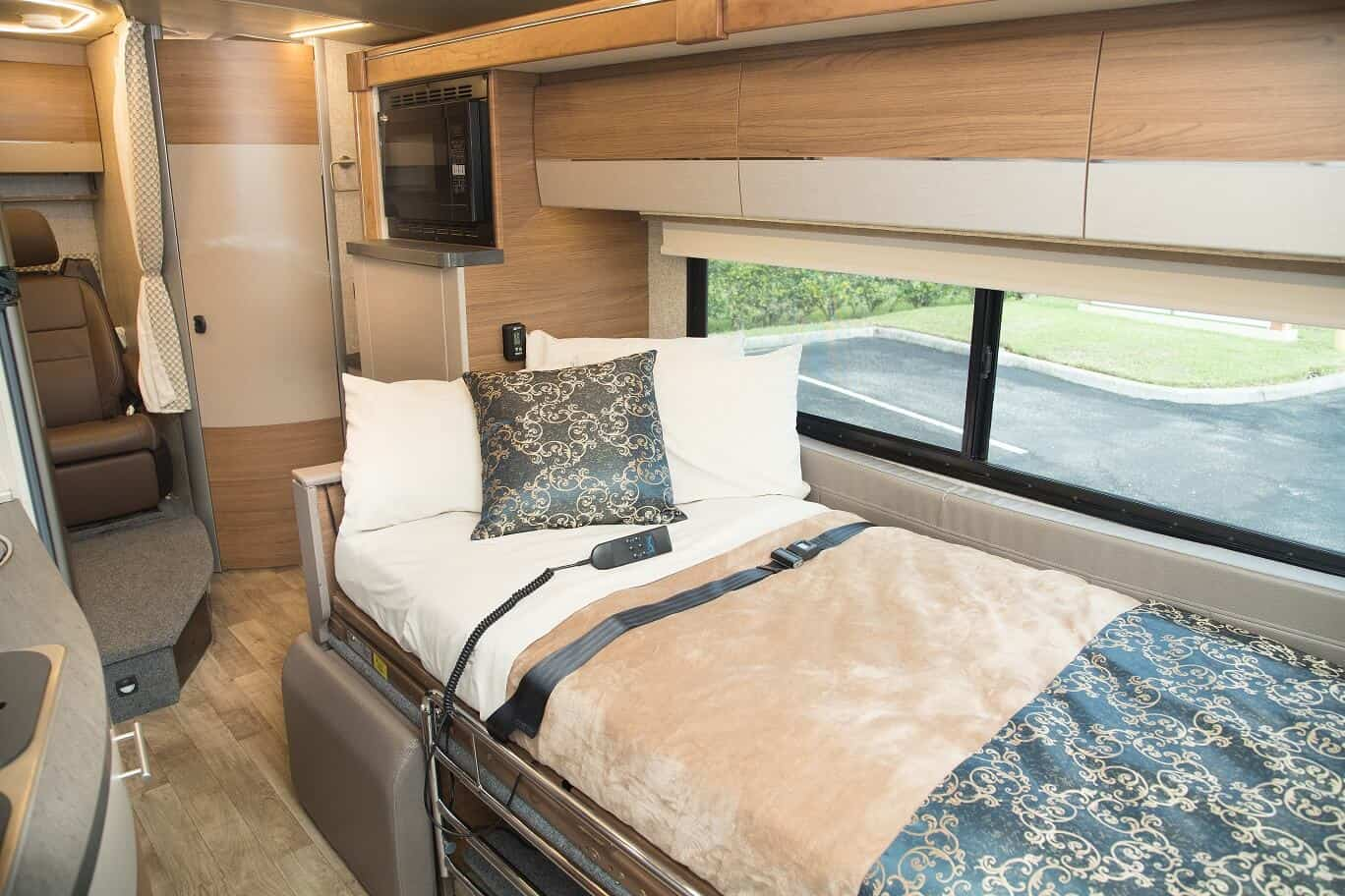 Comfortable-MED-Coach-Bed